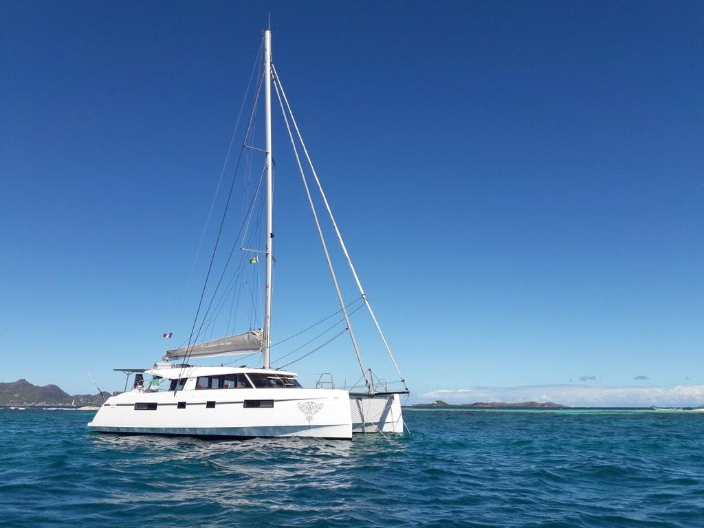 catamaran croisiere idéal pour découvrir les îles